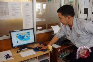 BMKG Yogyakarta mengimbau masyarakat waspadai cuaca ekstrem