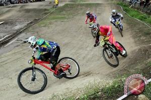 Dua pebalap BMX ke final Kejuaraan Asia