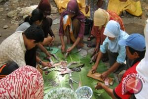 DKP dampingi pembudi daya ikan untuk pemasaran