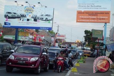 Arus lalu lintas Gunung Kidul padat merayap