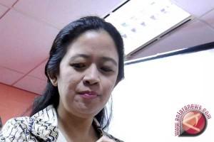 Menko PMK mengimbau warga sekitar Merapi terus waspada