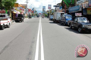 Pemkab diminta perbesar anggaran pembenahan infrastruktur jalan