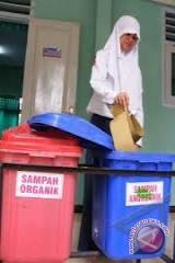 Pemkab instruksikan pemdes bentuk pengelola sampah mandiri