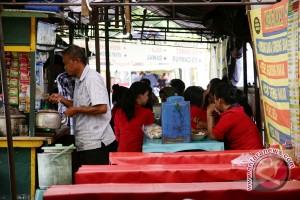 PKL naikkan harga tidak wajar terancam tipiring