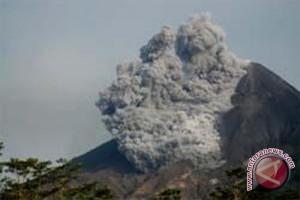 Gunung Merapi Kamis pagi meletus lagi
