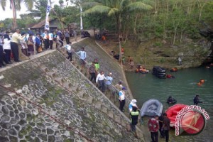 Operator Gua Pindul Gunung Kidul sepakat di bawah Bumdes