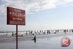Dishub Bantul tertibkan parkir kawasan wisata pantai