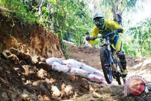 """Wisata """"downhill"""" lereng Merapi mulai banyak diminati"""