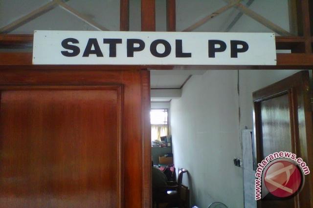 Satpol PP siap tertibkan menara telekomunikasi ilegal