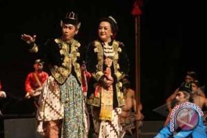 17 grup bersaing dalam festival ketoprak Sleman