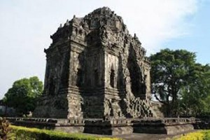 Pemugaran Candi Kalasan adopsi cara di Borobudur