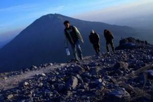 Masyarakat rawan letusan Merapi dibekali mitigasi bencana
