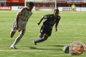 Arema Cronus kalahkan Pusamania Borneo FC 7-6