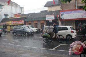 BPBD imbau masyarakat antisipasi bencana musim hujan