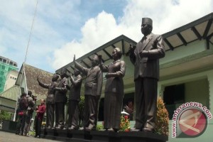 Patung enam mantan Presiden RI dipameran