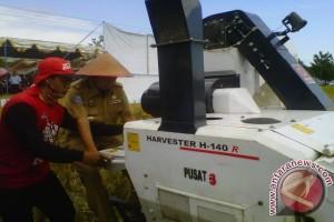 Kulon Progo dapat bantuan peralatan pertanian modern