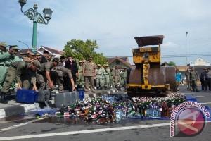 Dinas Yogyakarta amankan miras jelang Ramadhan