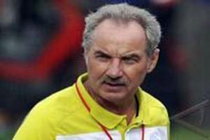 Sepak Bola - PSSI tunjuk Alfred Riedl pelatih Timnas