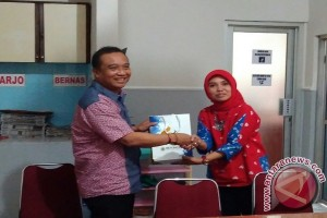 Rombongan Humas UGM kunjungi Kantor LKBN Antara biro DIY