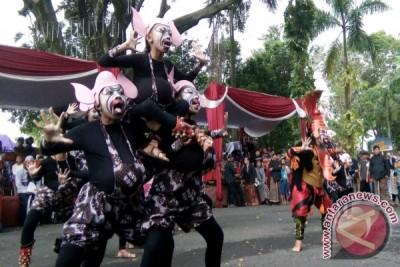 """""""Kembang Sakura"""" terbaik Pelangi Budaya Bumi Merapi"""