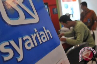 Target perbankan syariah 5 persen diprediksi terlewati