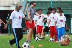 Kemenpora dorong bergulirnya kompetisi sepak bola wanita