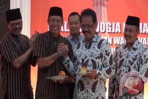 Pilkada 2017 - dua pasangan calon pilkada Yogyakarta antipolitik uang