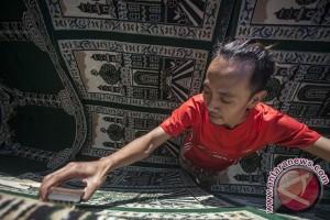 Jasa cuci karpet jelang Ramadhan