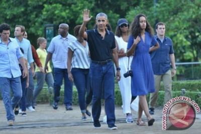Obama mengagumi Candi Borobudur