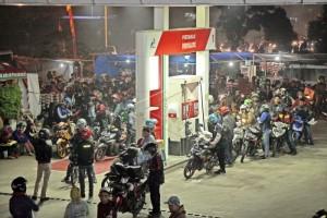 Pemudik motor di Pantura Indramayu 'mengular'