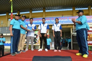 Kemenpora beri penghargaan tiga Mahasiswa UNY