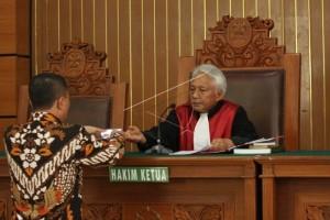 KPK berikan jawaban atas permohonan praperadilan Novanto