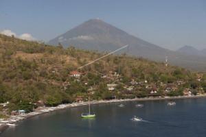 Pariwisata Bali tak terpengaruh status Gunung Agung
