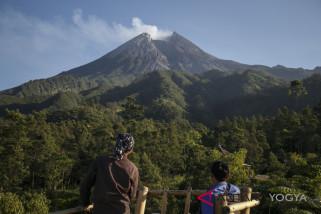 Gunung Merapi alami letusan freatik kecil