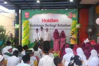 Ratusan anak yatim buka bersama HokBen