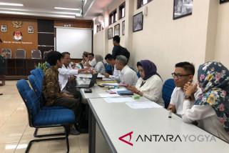 Sebagian besar bakal caleg Yogyakarta memperbaiki dokumen