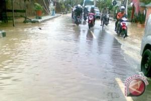Waduh! Hujan Lebat, Sejumlah Kawasan di Kuala Pembuang Terendam Banjir