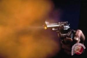 Polisi Diduga Tembak Kupingnya Sendiri, Kenapa Ya?