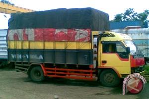 Pemkab Diminta Tegas dan Adil Larang Truk Masuk Kota Sampit
