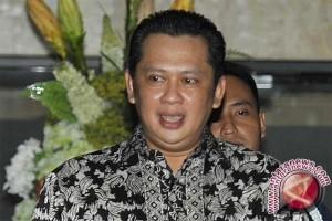 Anggota DPR Ini Sesalkan Hakim MK OTT Terlibat suap