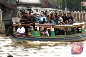 Warga Kecamatan di Seruyan Masih Andalkan Angkutan Sungai