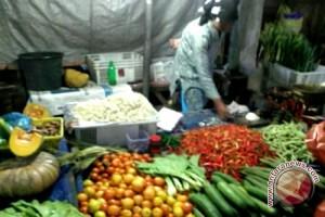 Kebutuhan Pokok Melonjak, Kansilog Buntok Barsel Gelar Operasi Pasar