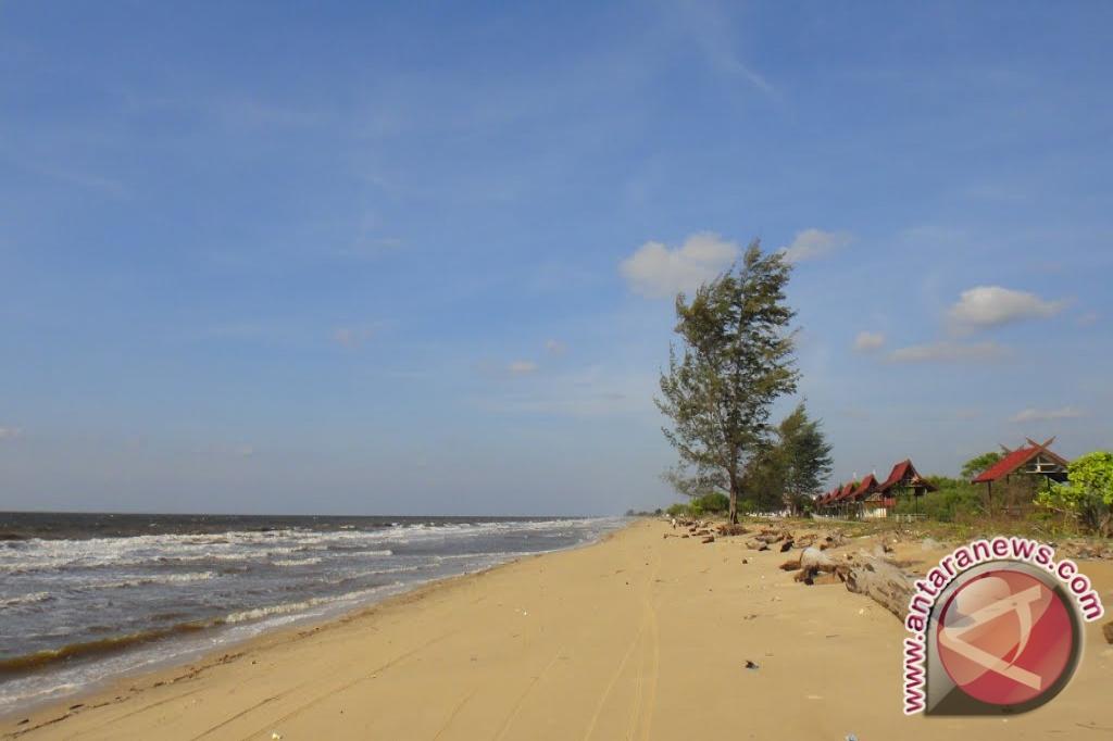 Pembuatan Sabuk Pantai Ujung Pandaran Dimulai September