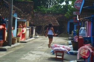 Pemkab Barut Sosialisasikan Penutupan Lokalisasi Merong