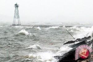 Meski Gelombang Tinggi, Lalu Lintas Kapal Laut Ke Sampit Tetap Aman