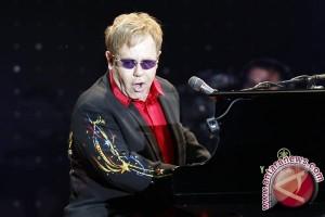 Wow! Ultah ke-70 Elton John Dimeriahkan Para Sejumlah Selebriti