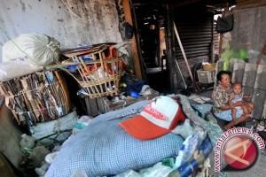 Pemkab Barsel Diminta Turunkan Angka Kemiskinan