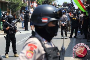 Densus 88 Tangkap Seorang Terduga Teroris Di Sleman