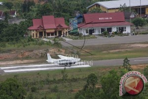 Arus Balik di Bandara Muara Teweh Ramai