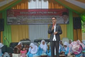 Senator Muda Kalteng Sosialisasikan Empat Pilar Kebangsaan di Kumai